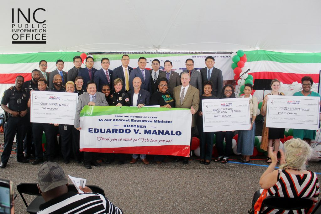 Brother Glicerio B. Santos Jr., General Auditor of the Iglesia Ni Cristo and representative of the Felix Y. Manalo Foundation, presented donations of $5,000 to the five local organizations.